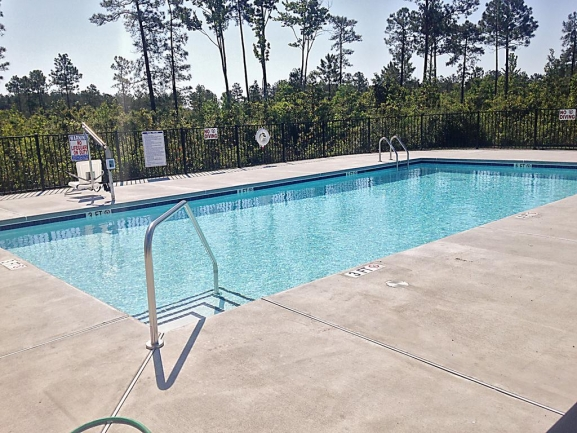 Oyster Landing Townhome Community Pool